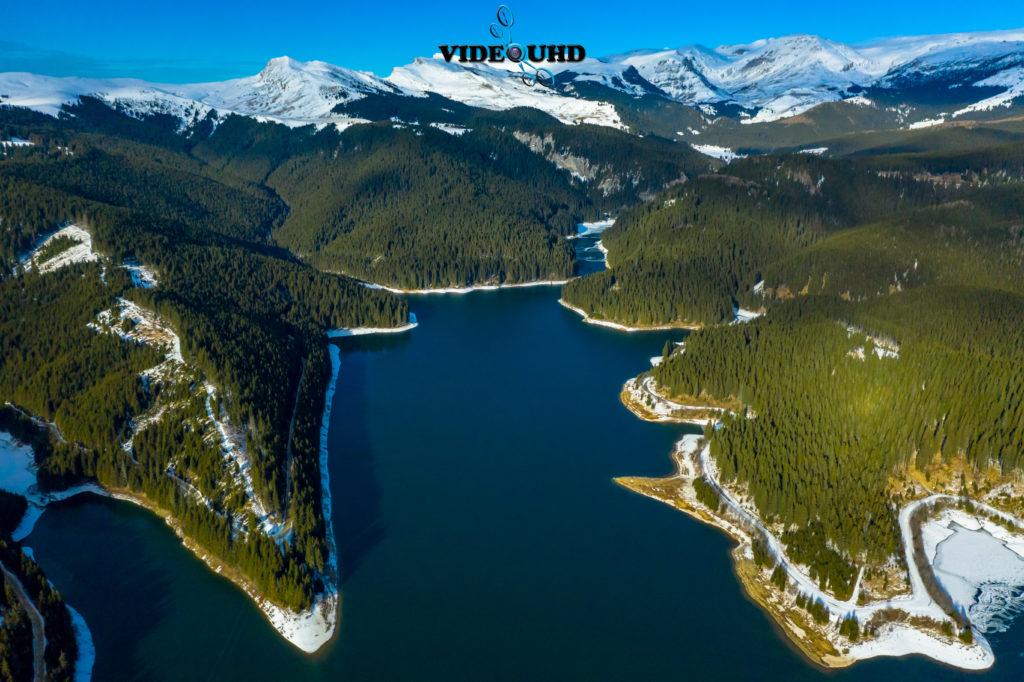 lacul bolboci - peisaj de iarna