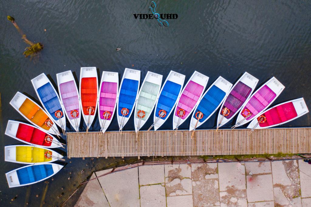 Barcile din Lacul Roșu