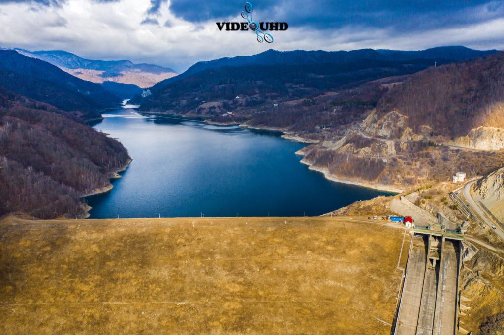 Lacul și Barajul Siriu