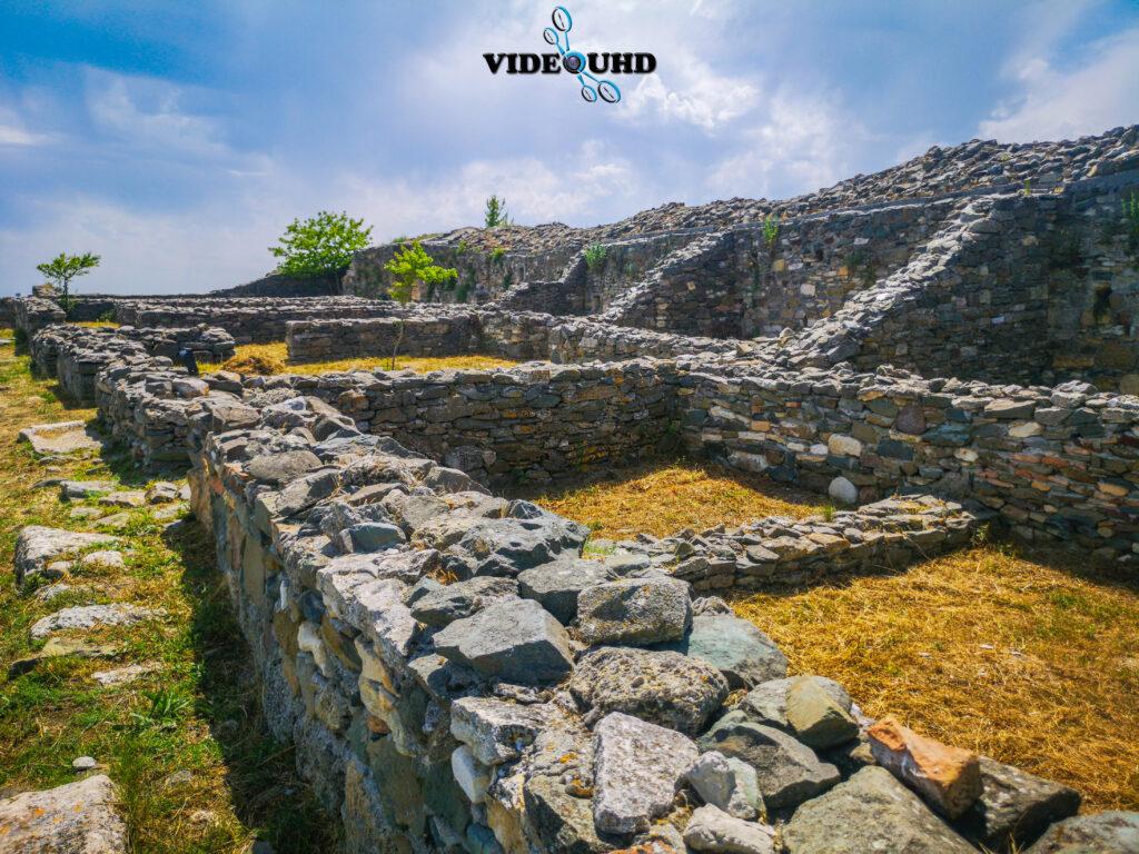 zidurile cetății Histria